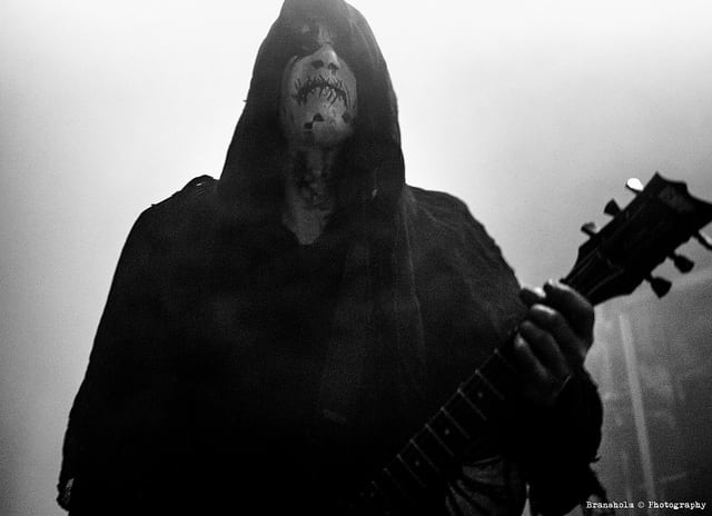 Black metal-legender reddet af supportband